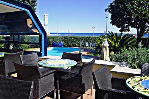hotel-garden-lido-loano-lounge-bar-1