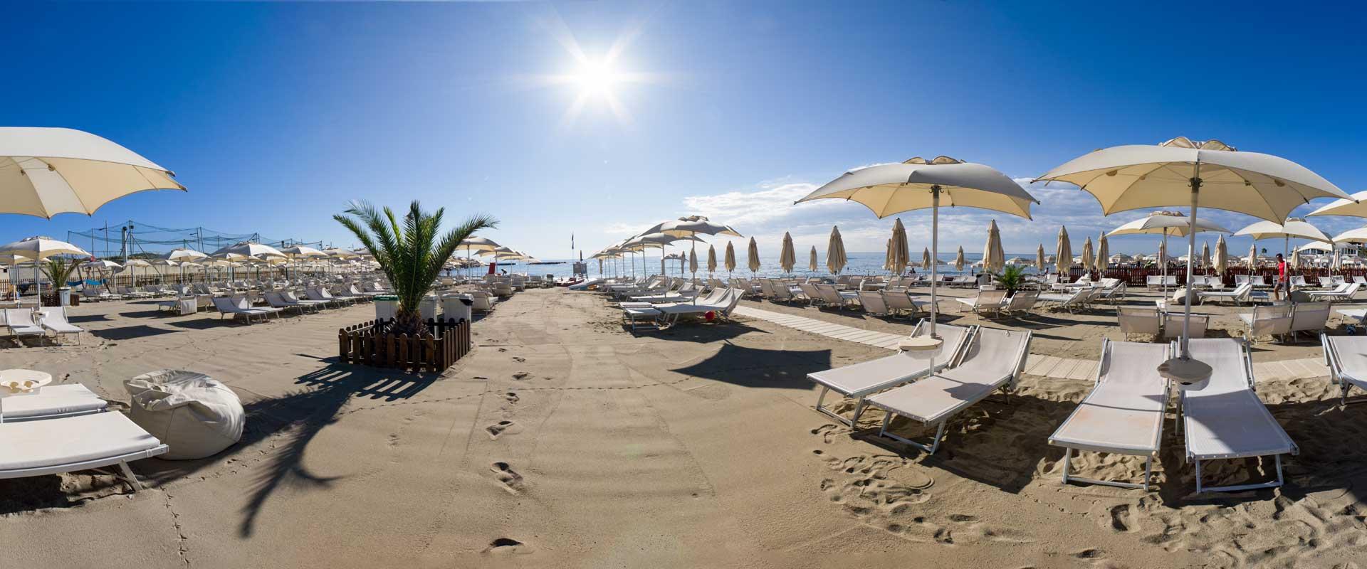 slider-1-spiaggia-loano