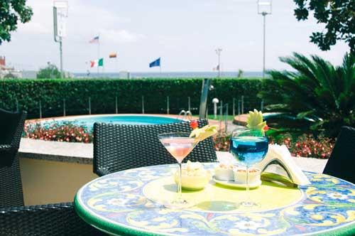 hotel-garden-lido-loano-lounge-bar-2