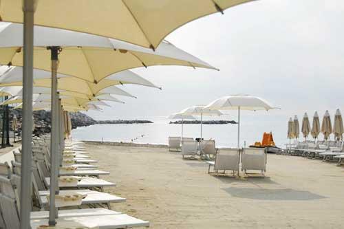 spiaggia-liguria-loano